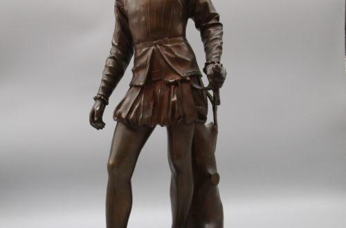 Beispiel für Antiquitäten bei Novecento in Basel: Bronzefigur